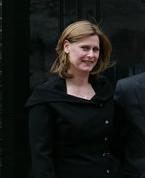 Sarah Brown, devant le 10 Downing Street.