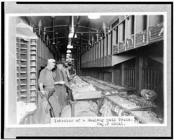 Car Manufacturers Early 1900s Mail: File:Sorting Out The US Mail In A Rail Car 1910.jpg