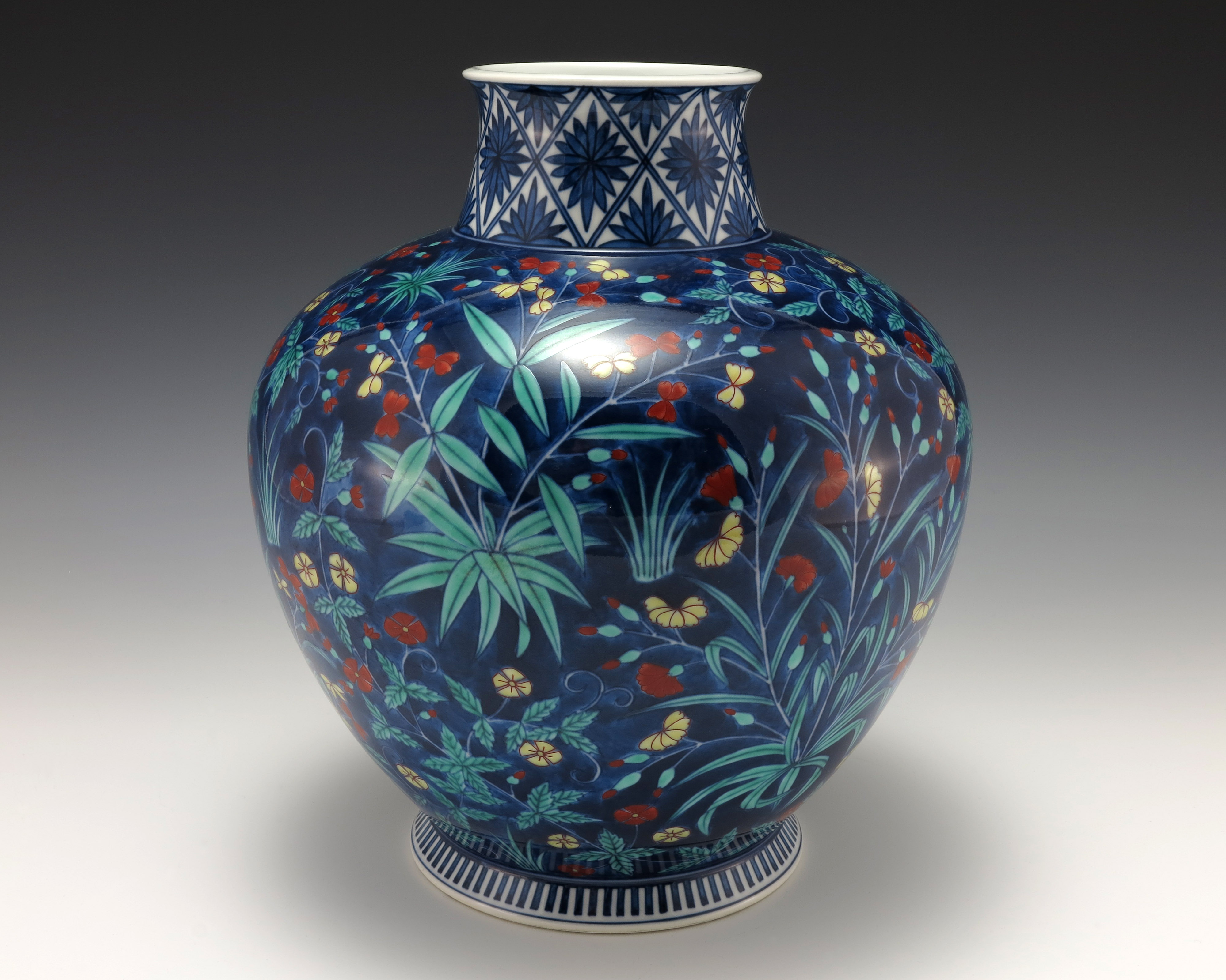 File State Gifts Blue Vase Jpg Wikimedia Commons