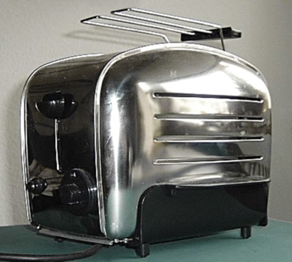 Toaster1.jpg from wikimedia.org by user:Peng
