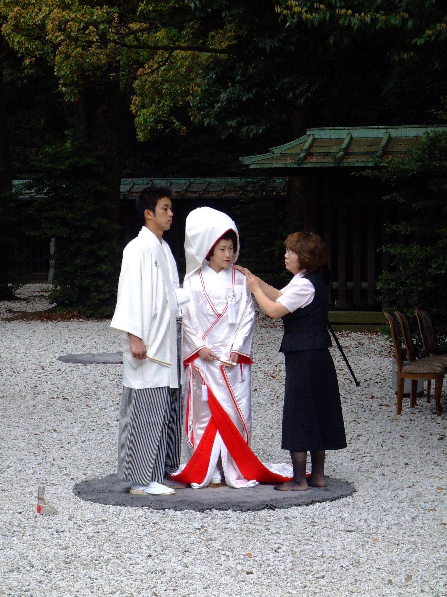 Http Commons Wikimedia Org Wiki File Traditional Shinto Wedding At Meiji Jingu Jpg
