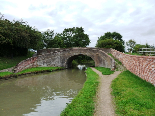 Turnover Bridge near to Gayton Junction - geograph.org.uk - 1430214