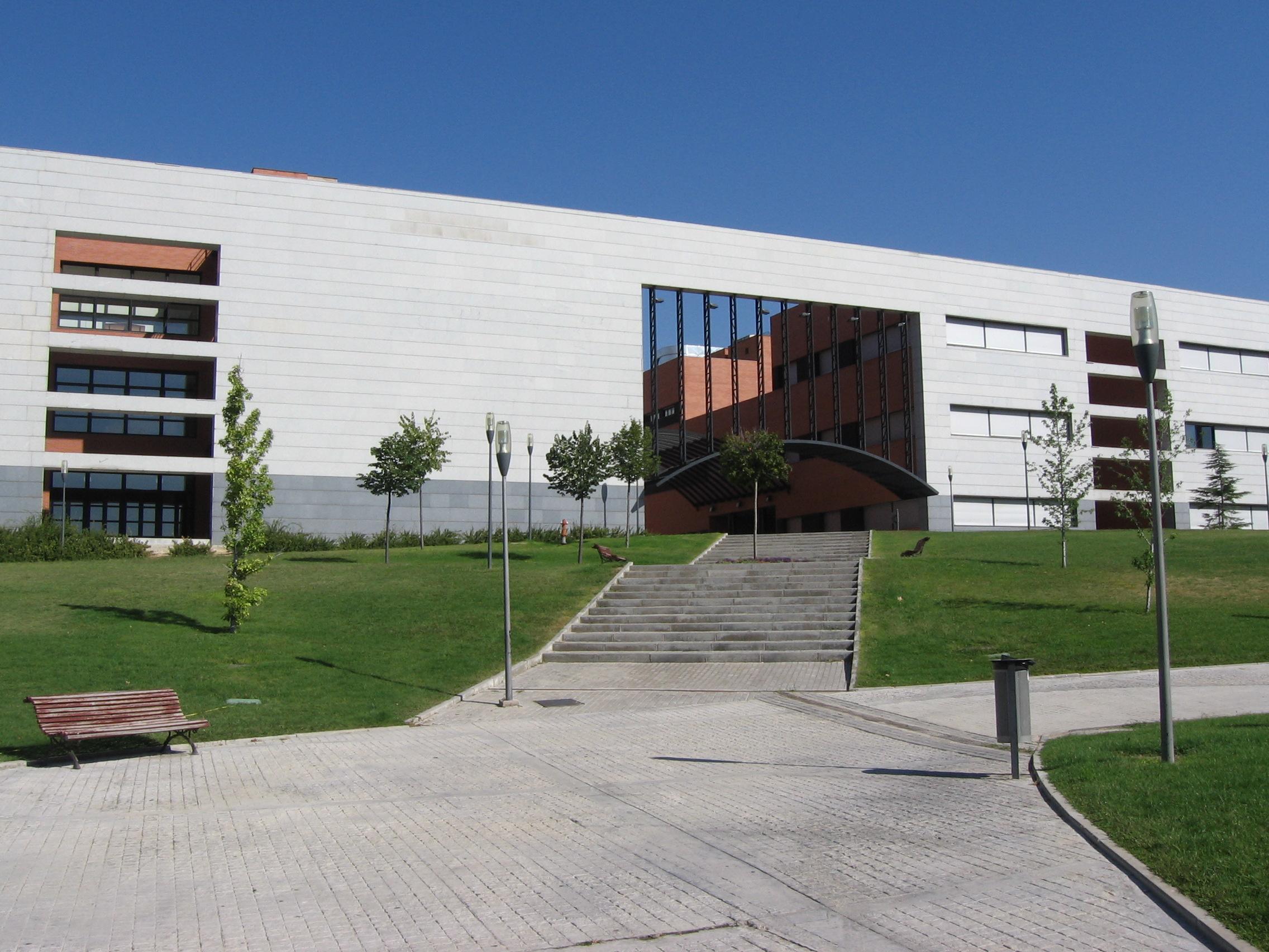 Resultado de imagen de campus mostoles urjc imagenes
