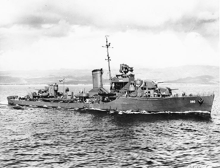 http://upload.wikimedia.org/wikipedia/commons/1/10/USS_Ralph_Talbot_%28DD-390%29_N40185.jpg