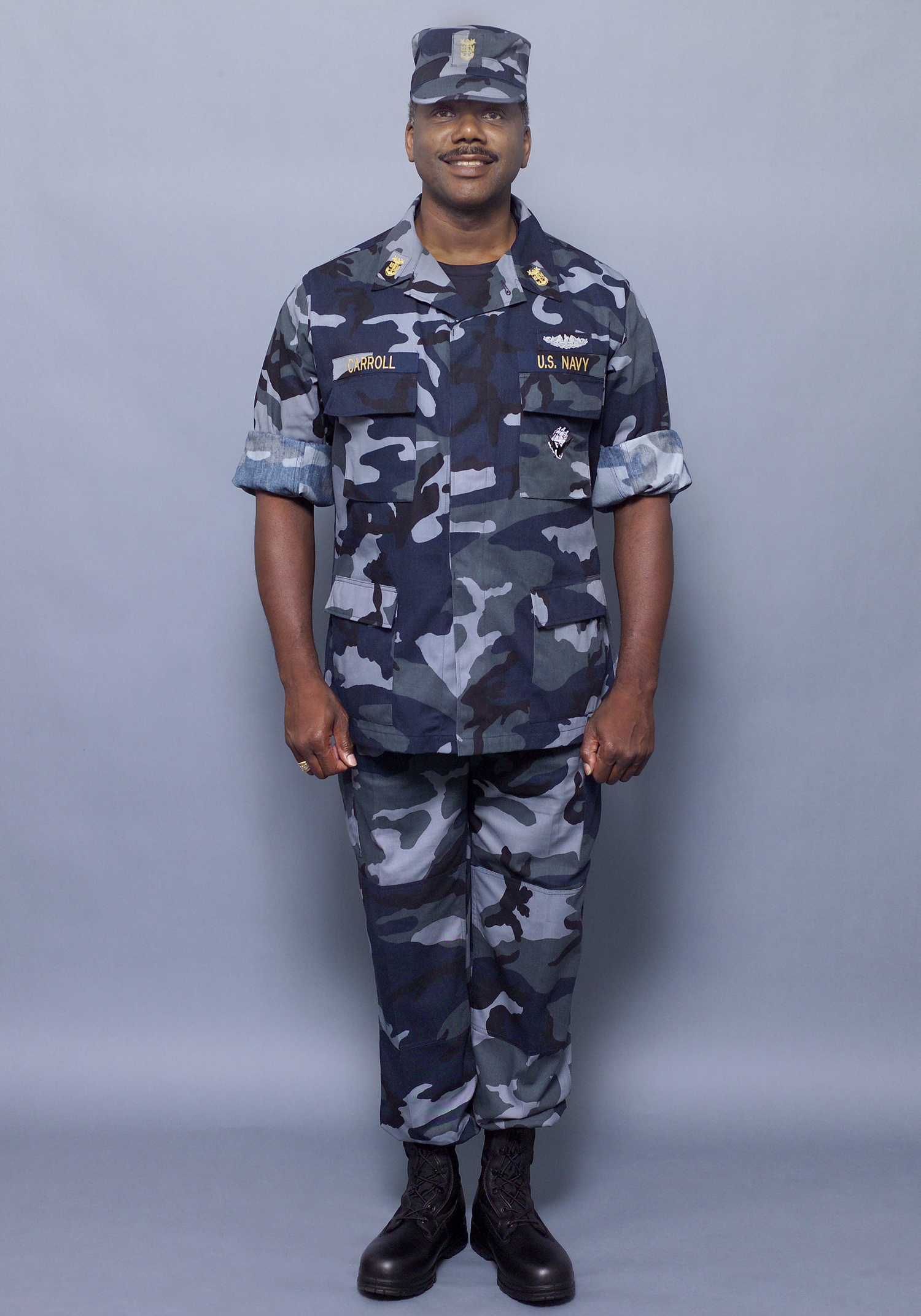 0000X-005 The Navy introduced a set of concept working uniforms ...