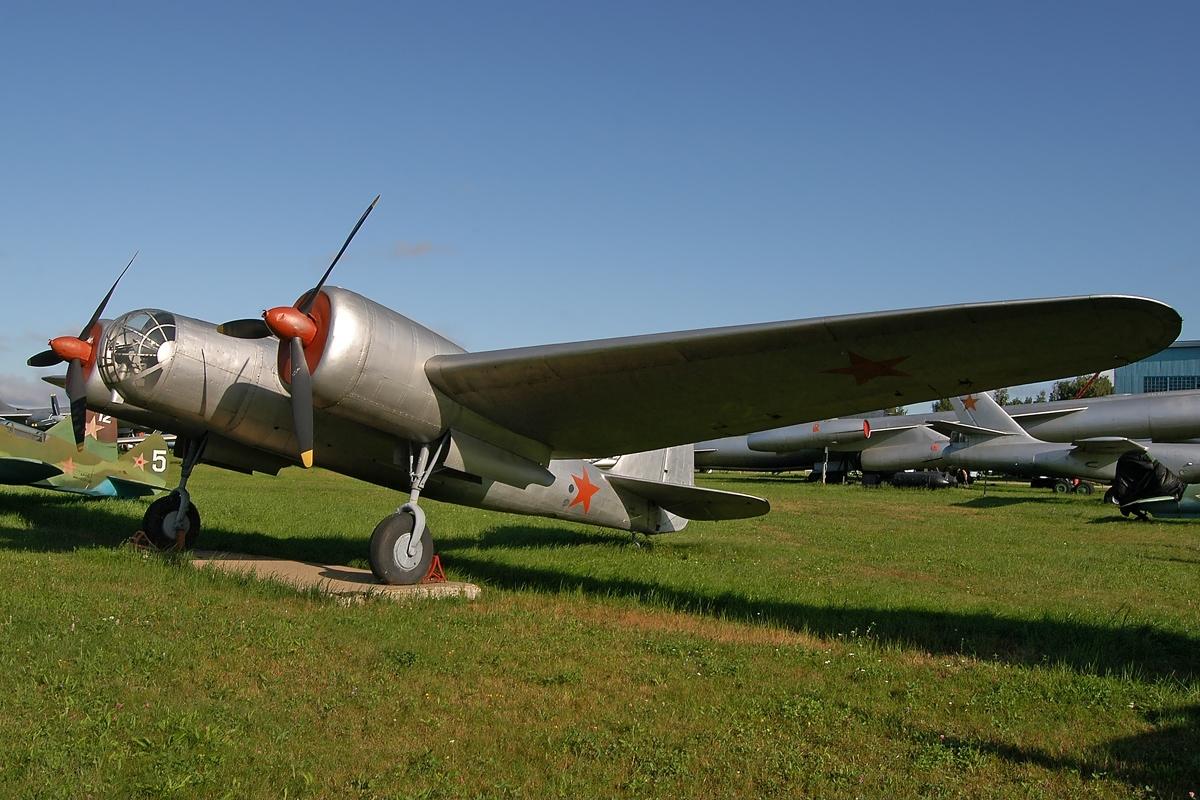 Файл:Туполев АНТ-40-Ар-2-СБ, Монино - музей ВВС RP10297.jpg