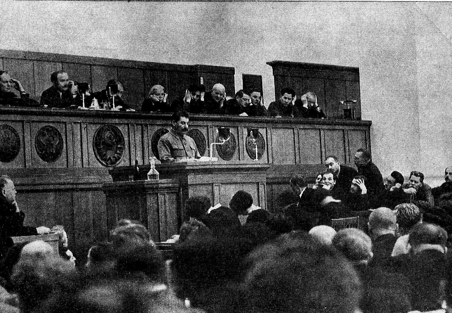 https://upload.wikimedia.org/wikipedia/commons/1/11/17th_Congress_AUCP-4.jpg