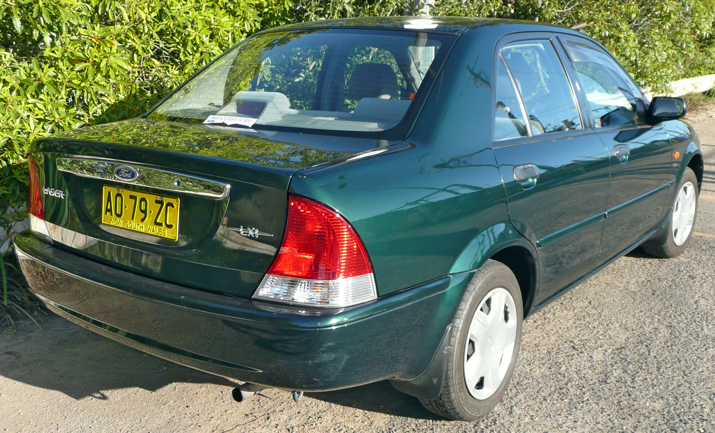 File:2001-2002 Ford Laser (KQ) LXi sedan 01.jpg