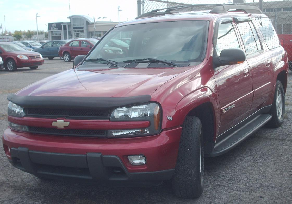 File:2002-03 Chevrolet TrailBlazer EXT.jpg - Wikimedia Commons