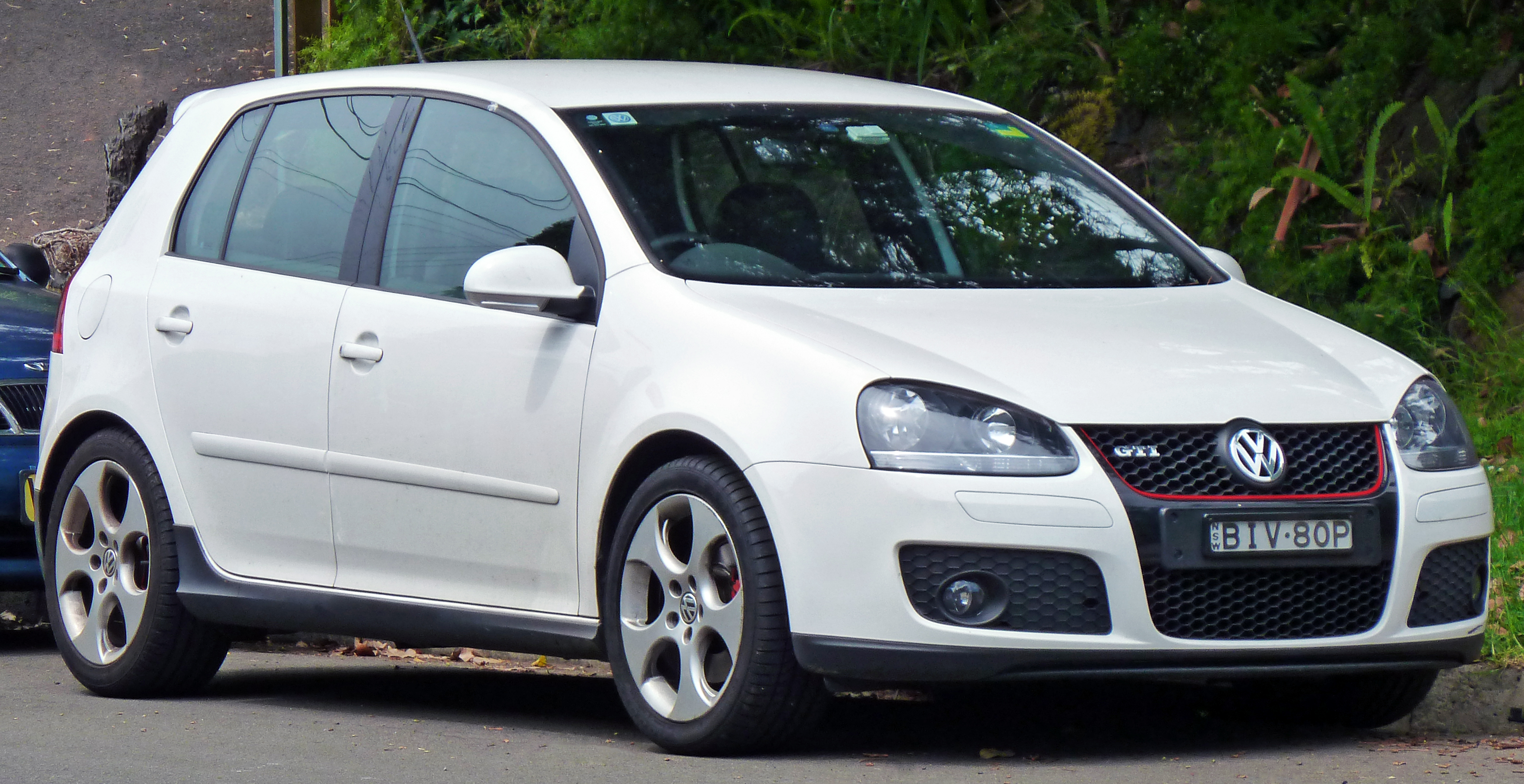 file 2009 volkswagen golf 1k my09 gti 5 door hatchback 2010 12 17 jpg wikimedia commons. Black Bedroom Furniture Sets. Home Design Ideas