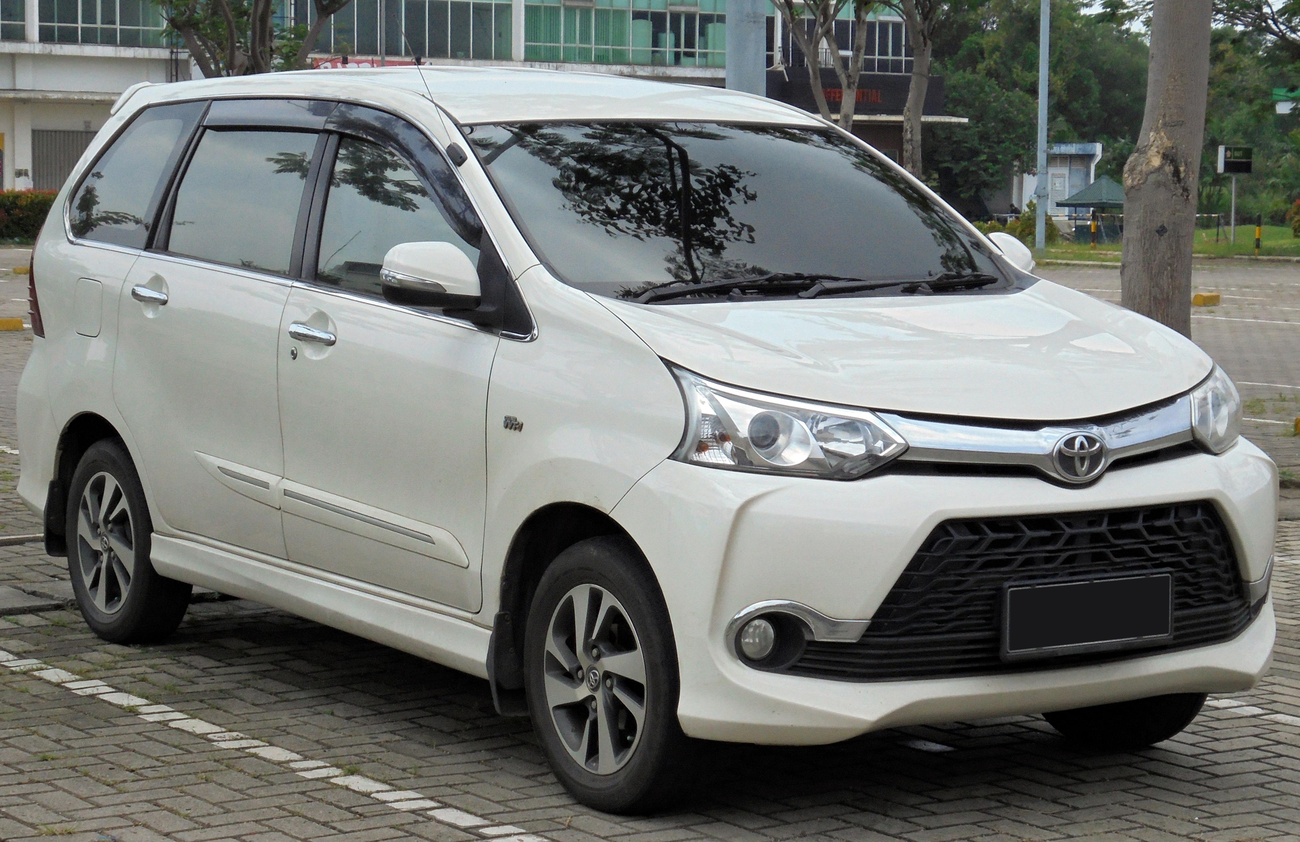 Kelebihan Mobil Avanza Veloz Review
