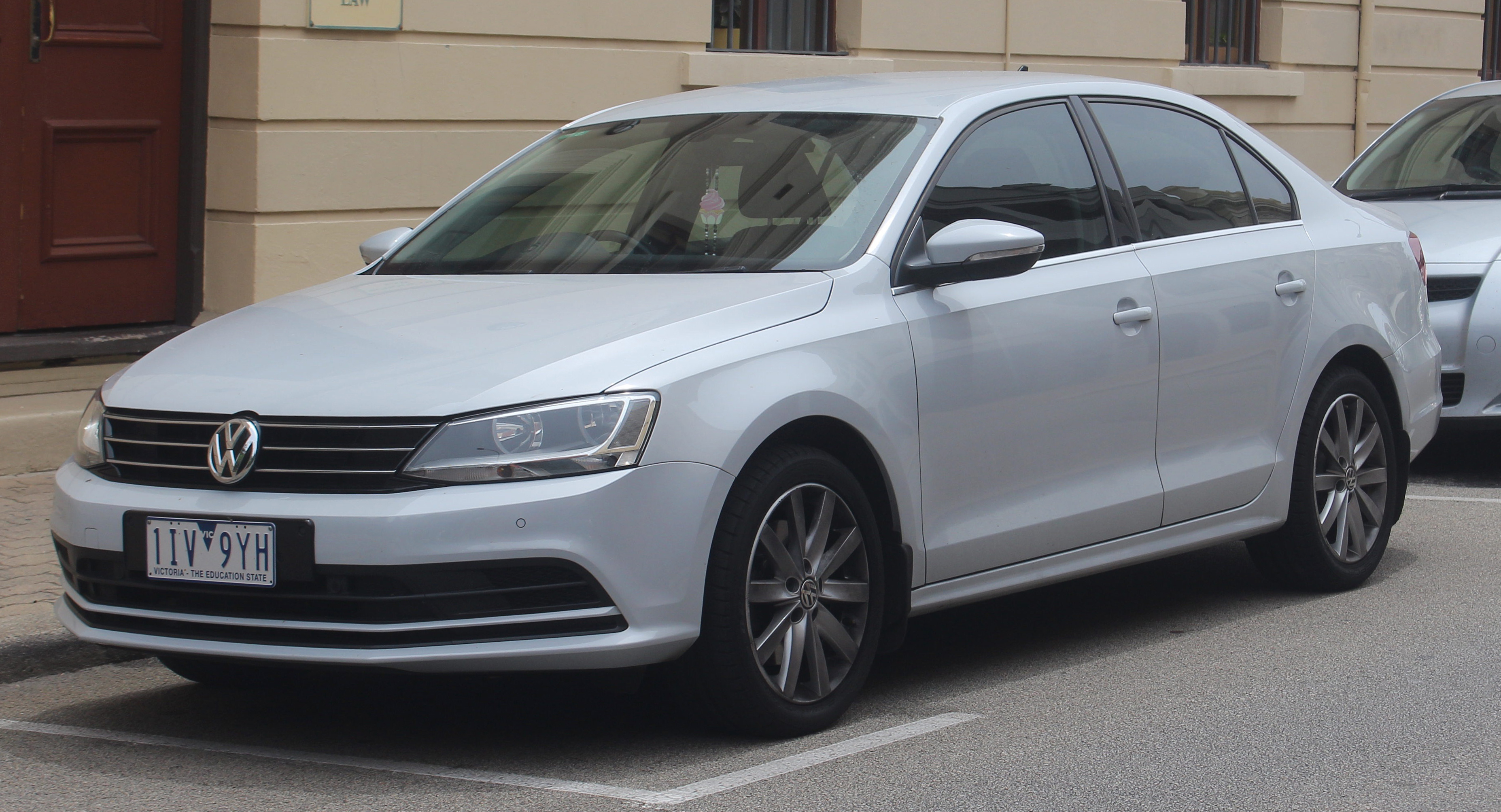 File 2016 Volkswagen Jetta 1b My17 118tsi Comfortline Sedan 2018 11