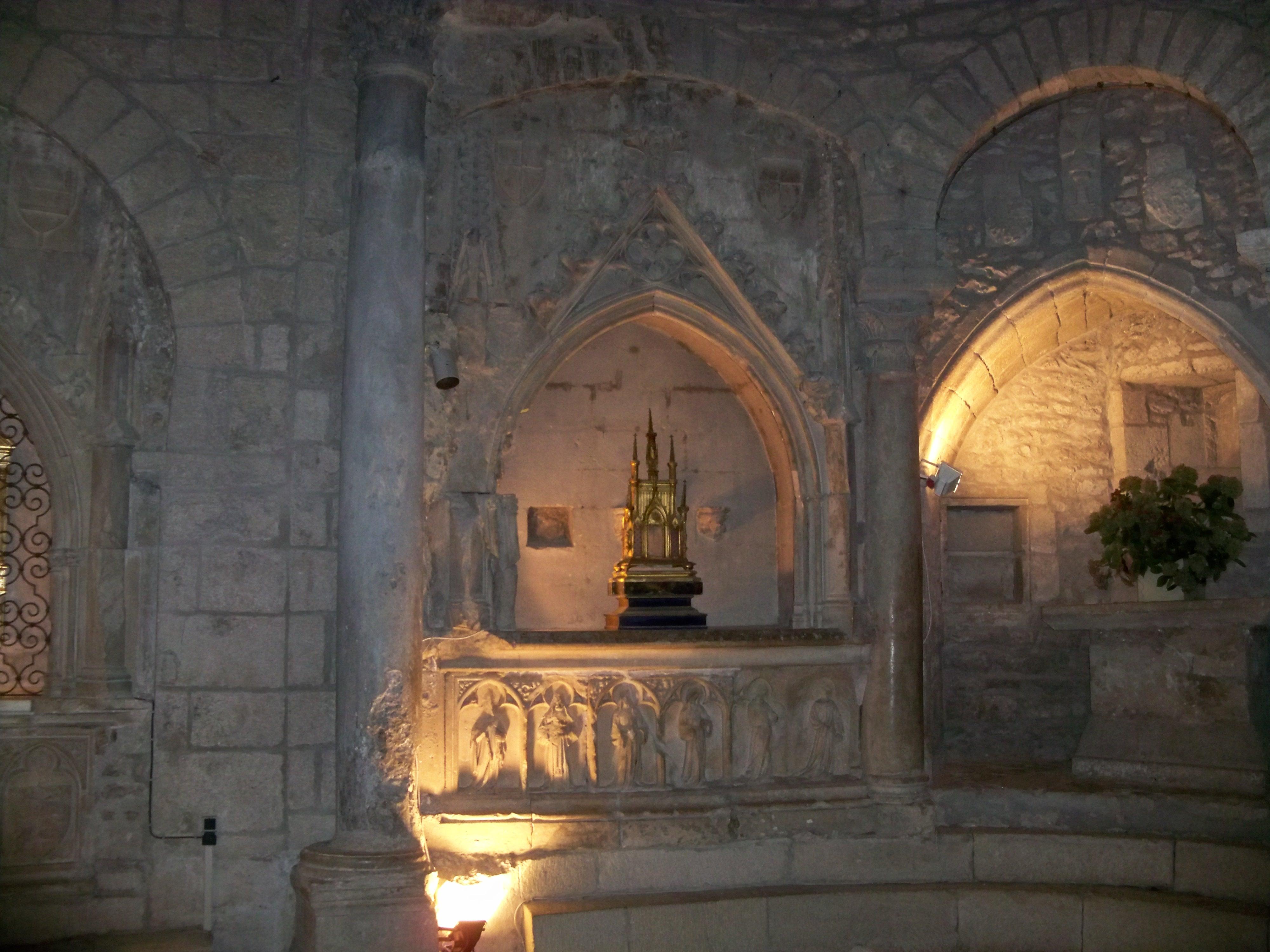 Enfeux de l'abside du choeur, Vaison la Romaine