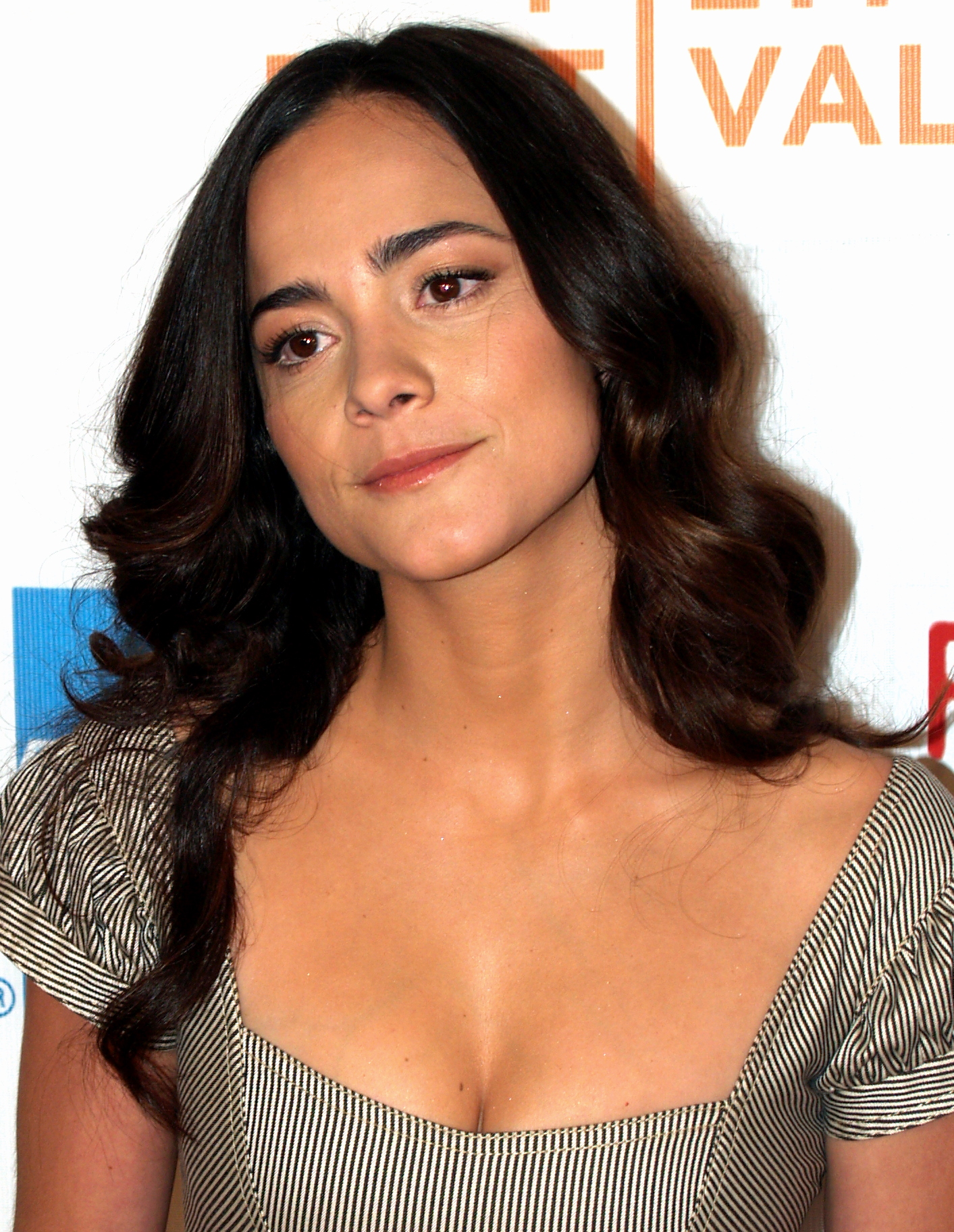 Alice Braga actress