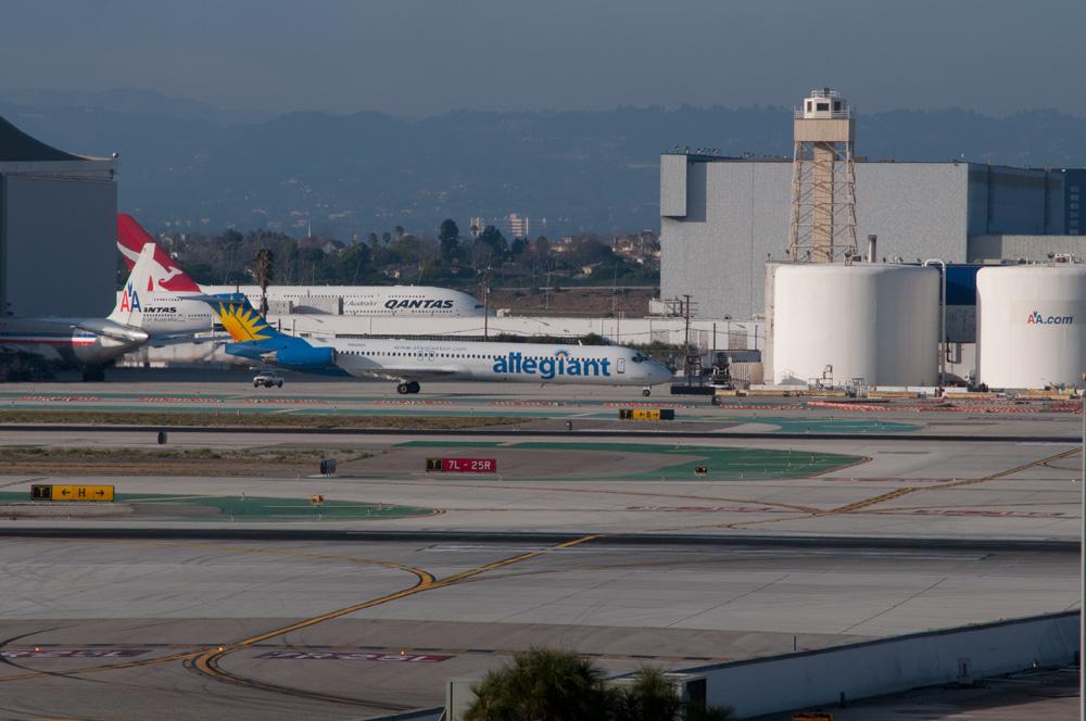 Description Allegiant Airlines Flickr skinnylawyer