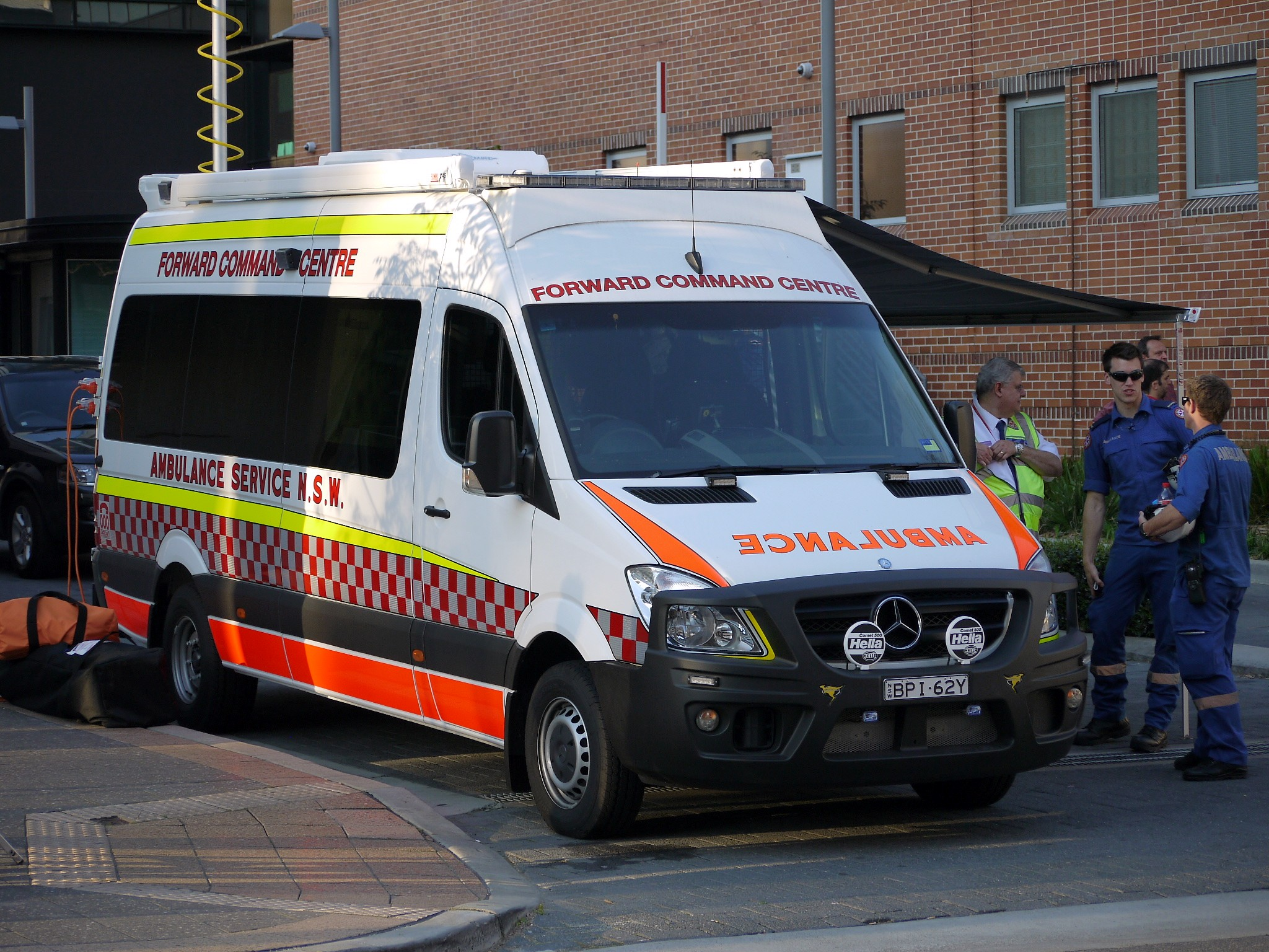 File ambulance service nsw mercedes benz sprinter forward for Mercedes benz sprinter service