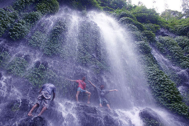 File:Asik-asik Falls in Alamada, North Cotabato.jpg