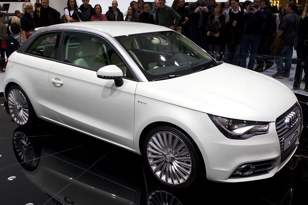 Audi tt 2017 price in india 13