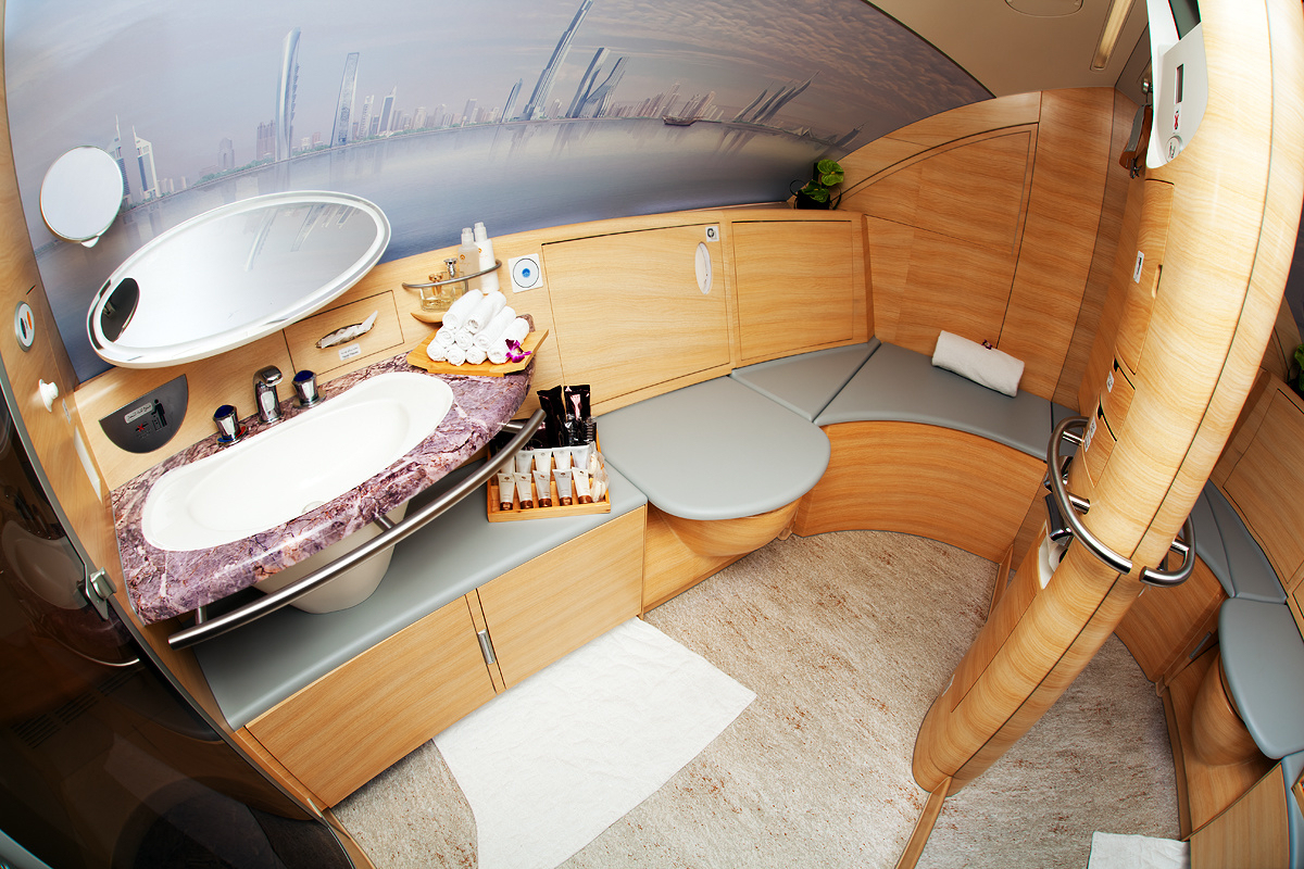 Bathroom on an Emirates Airbus A380.jpg