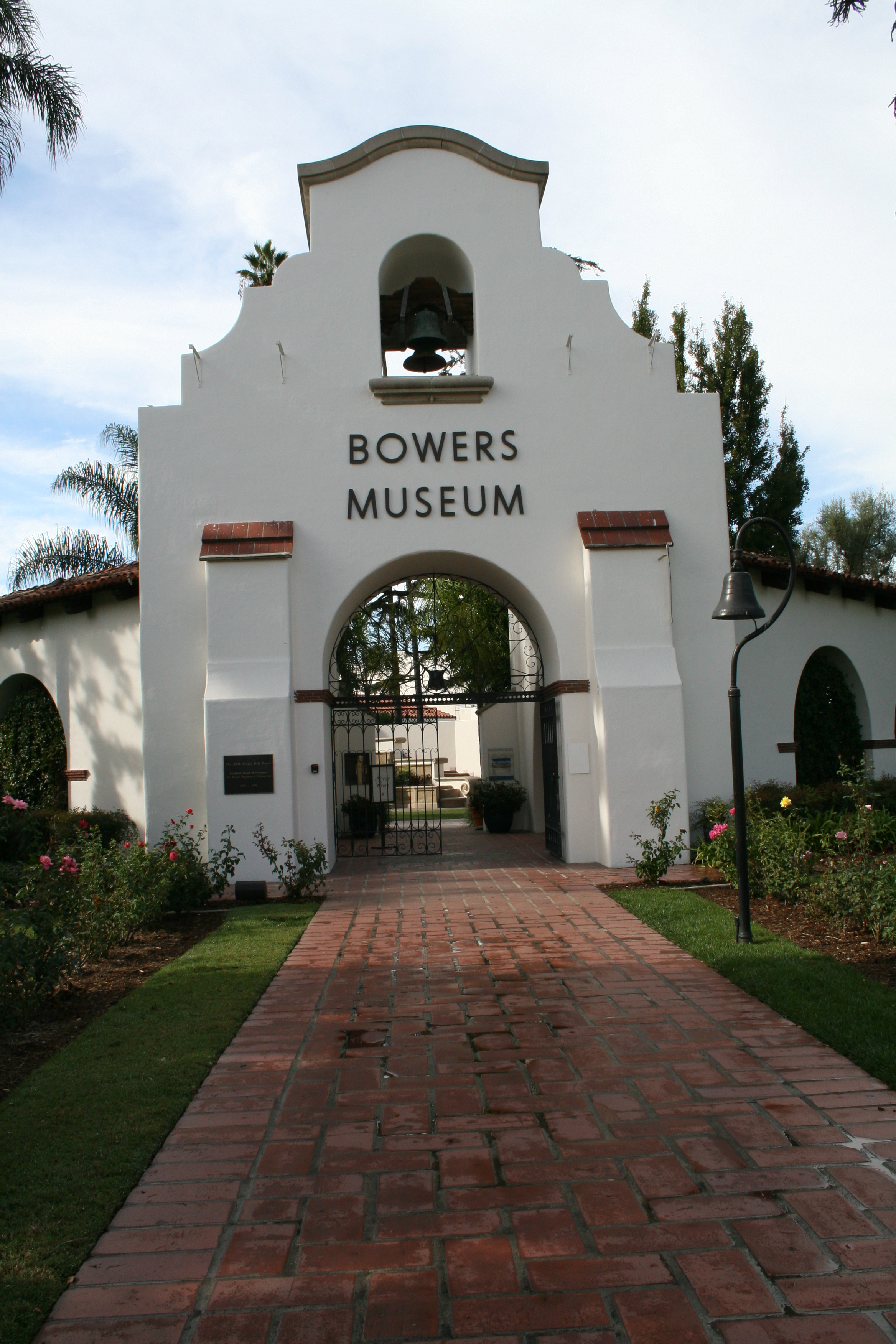 bowers museum The bowers museum is in santa ana after a couple of massive expansions, it has renovated that earlier reputation, putting its exhibitions on par with anything by the boys with the big.