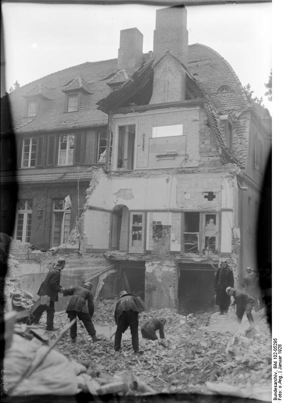 Villa Dahlem file bundesarchiv bild 102 05295 berlin dahlem explosion einer