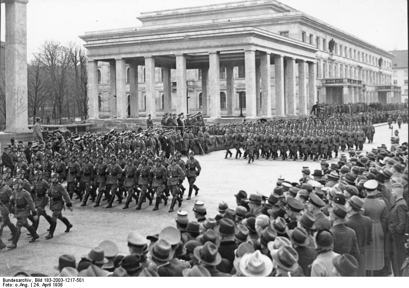 Parade on Königsplatz, 1938. In the background - Temples of honor.