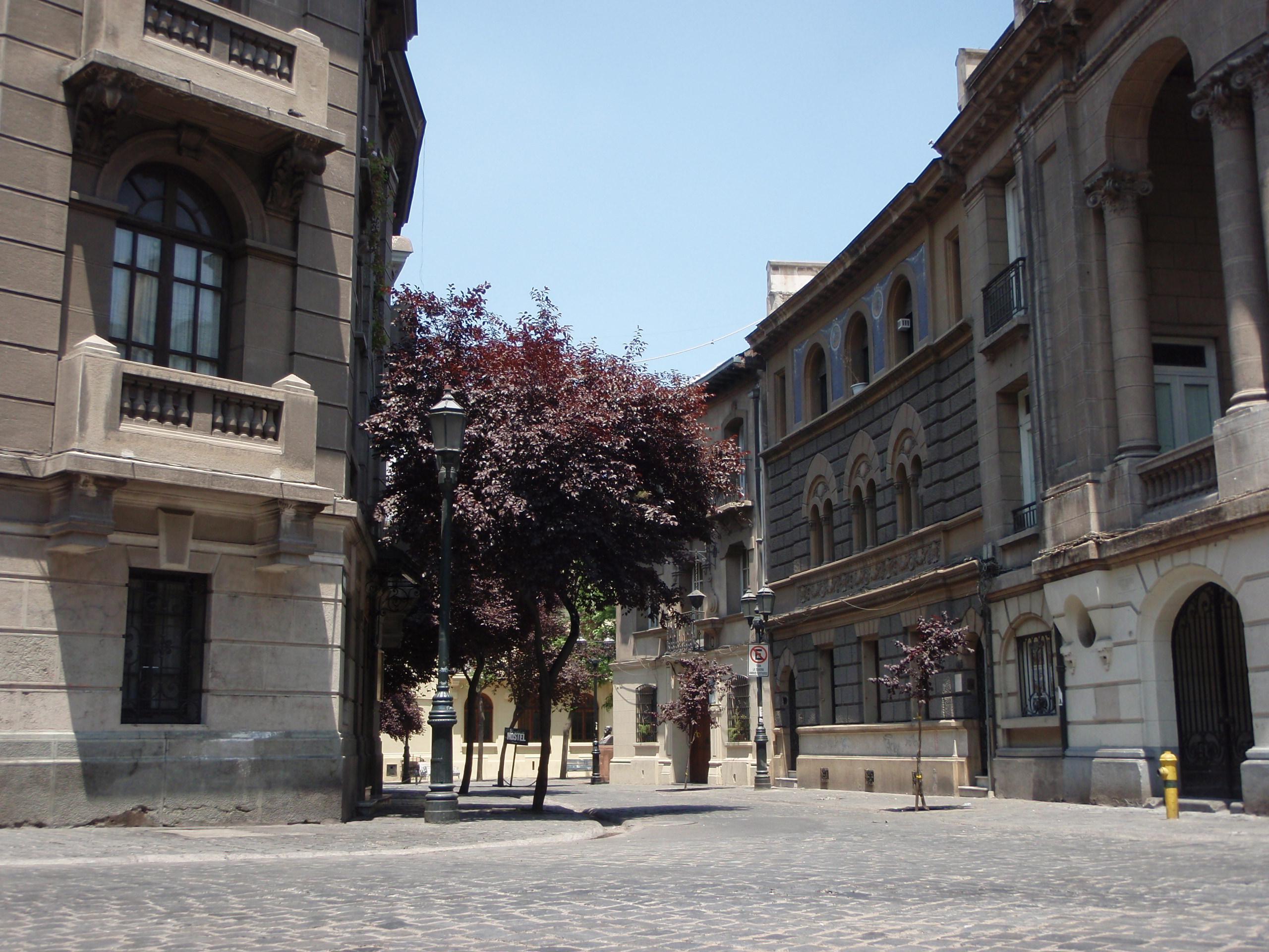 File calles par s londres santiago 05 jpg wikimedia commons for Calles de santiago de chile