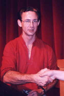 Chuck Palahniuk on tour.png