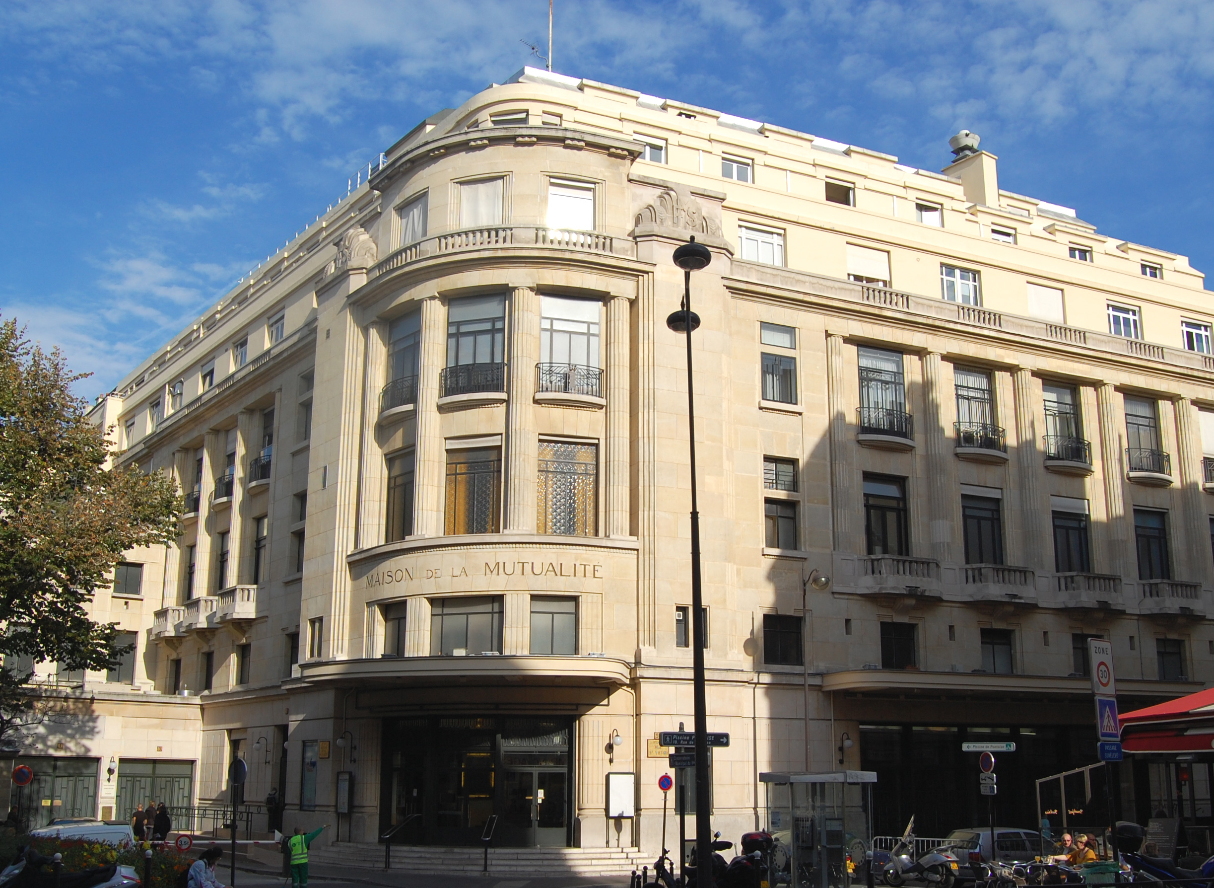 Maison de la Mutualité — Wikipédia