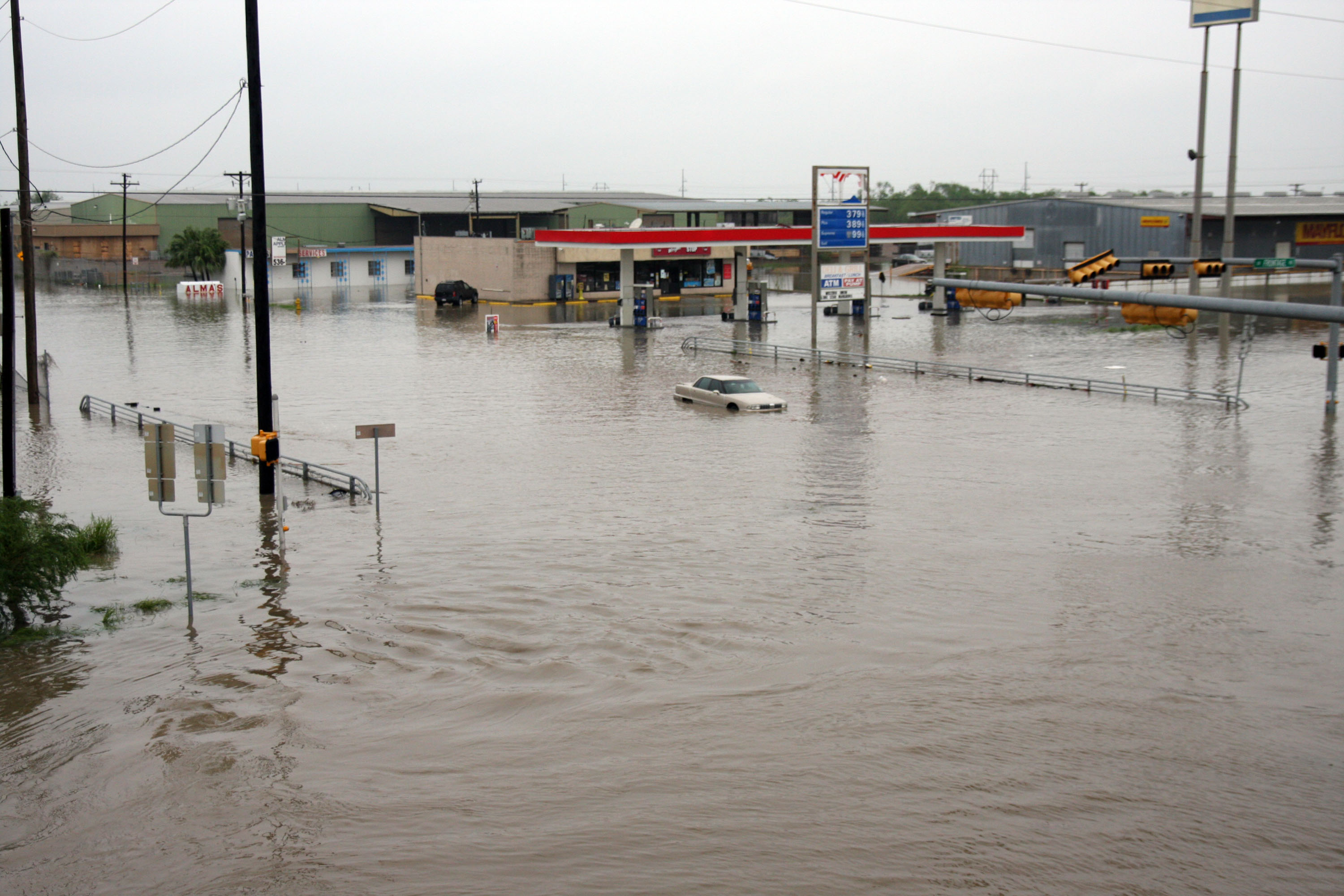 Is All The Crazy Weather Lately Due To Climate Change The Daily Dot - Weather brownsville tx