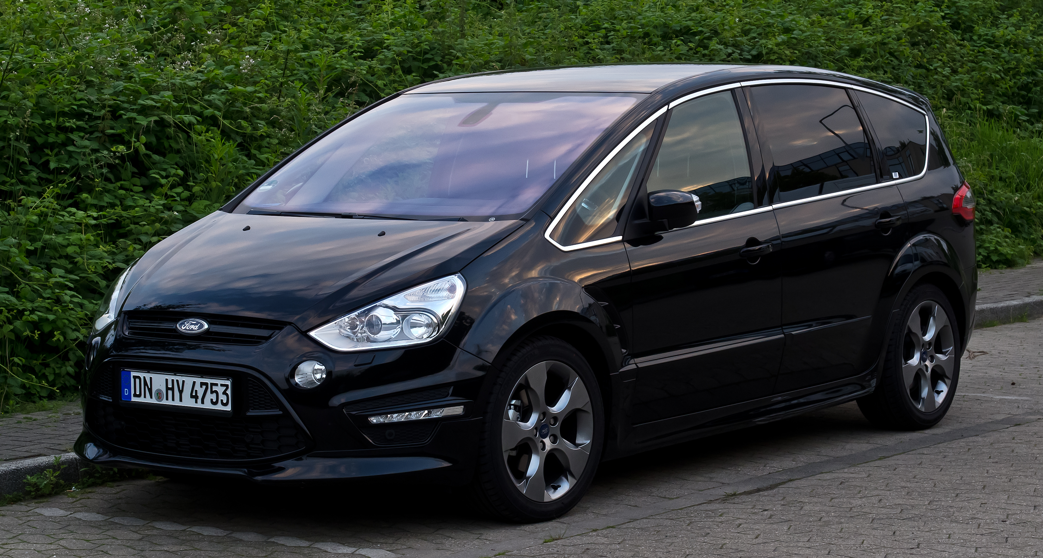 file ford s max titanium s facelift frontansicht 18 juni 2012 wikimedia. Black Bedroom Furniture Sets. Home Design Ideas