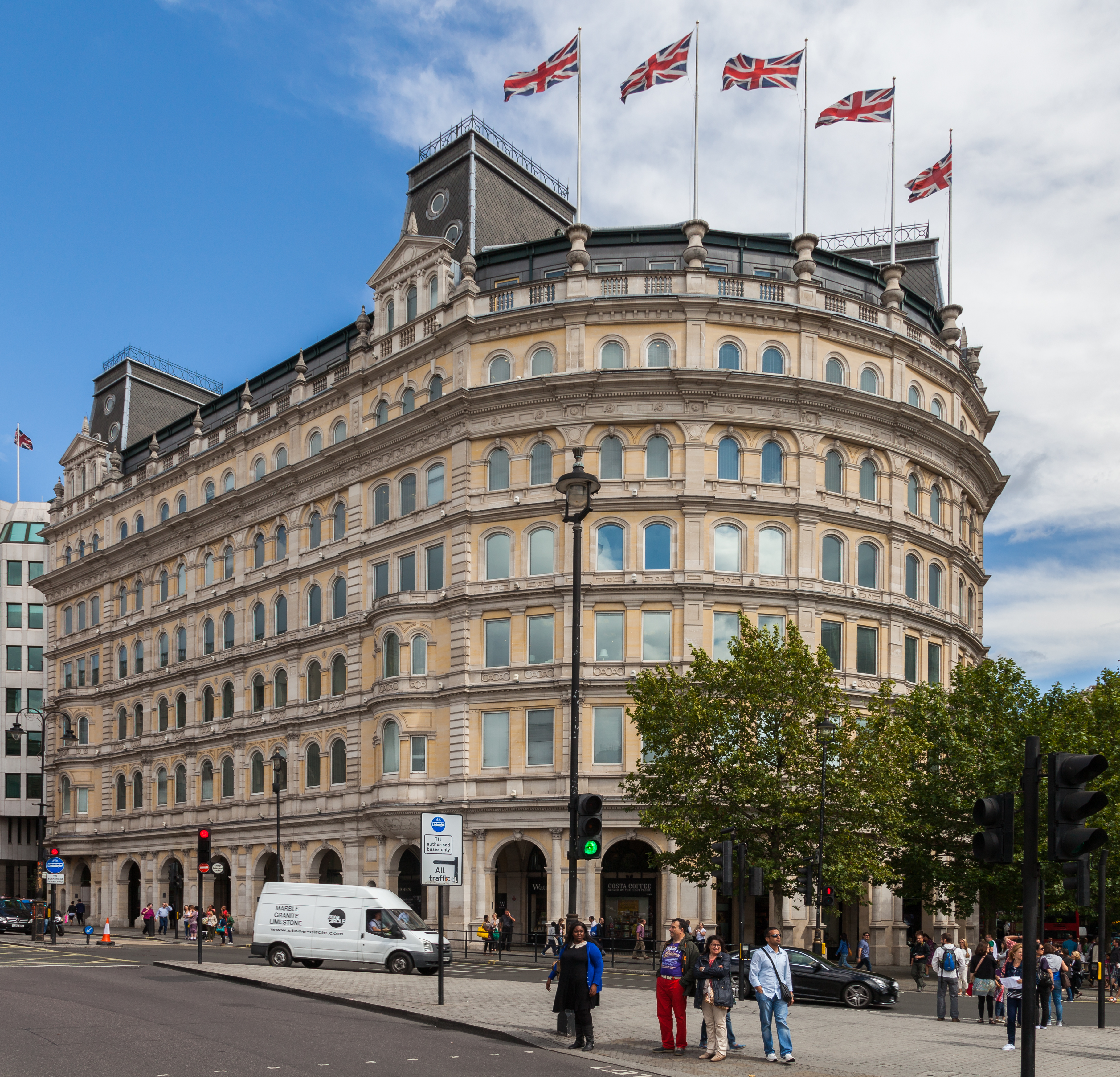 The Grand Hotel Londres