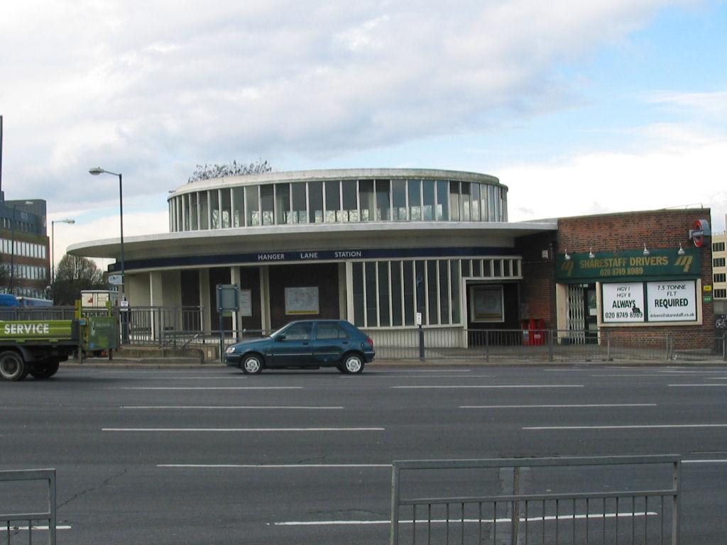 Hanger Lane Metrostation Wikipedia