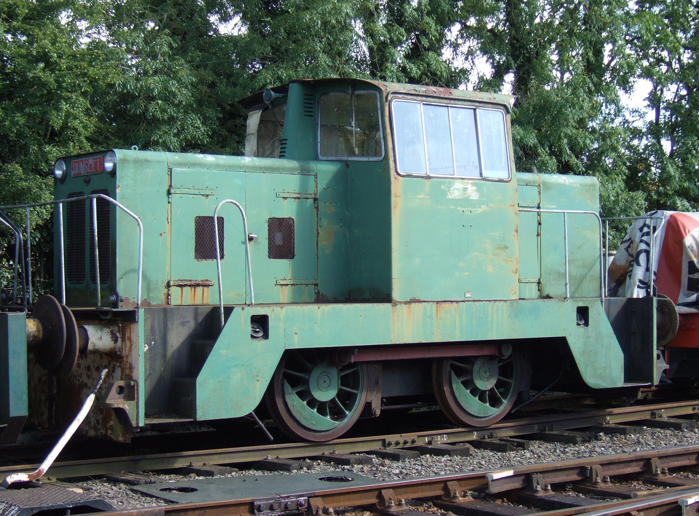 File:Hunslet 6688 at the Rutland Railway 05-09-25 38.jpeg