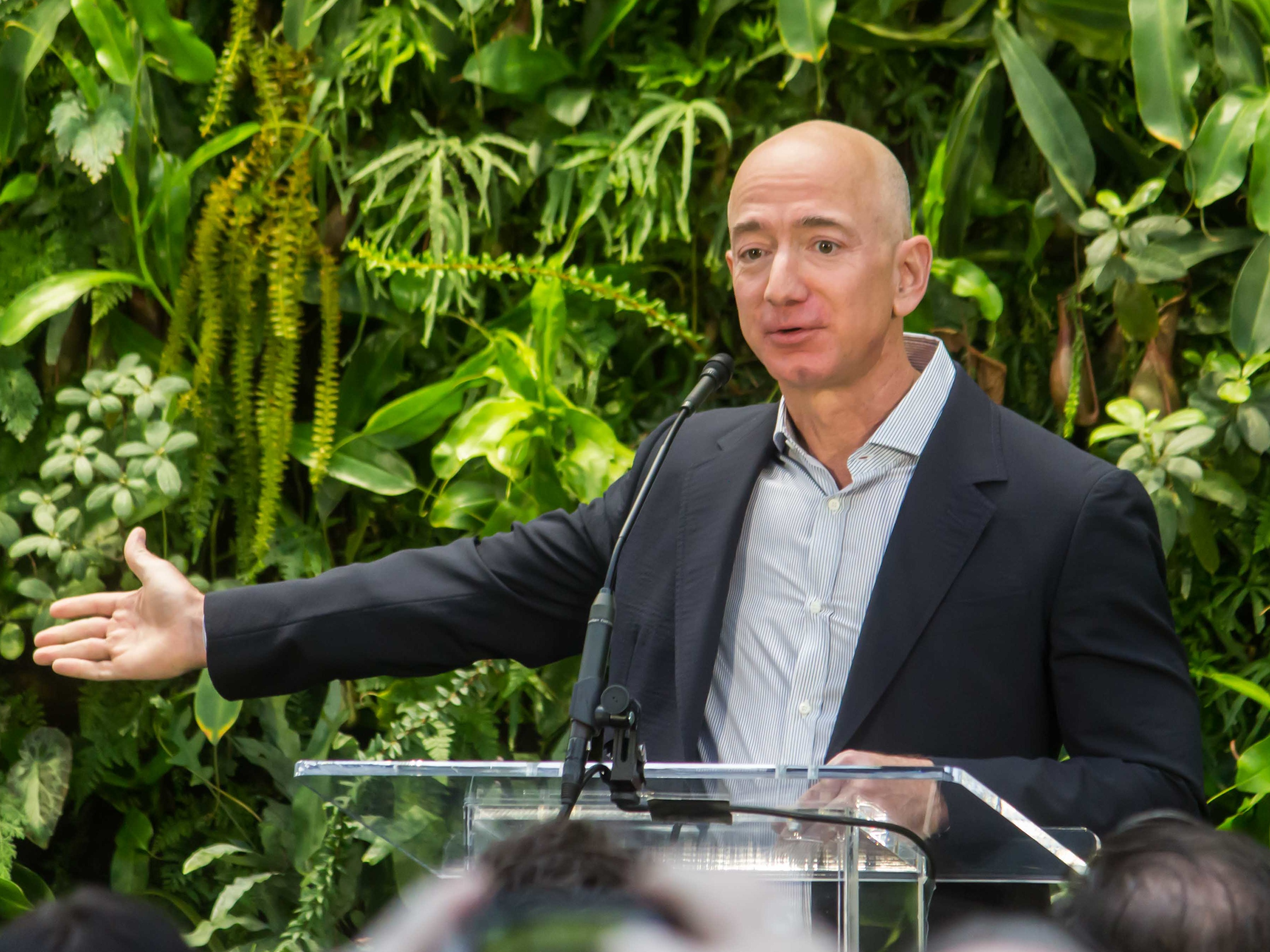 File:Jeff Bezos at Amazon Spheres Grand Opening in Seattle - 2018 (39074799225) (cropped3).jpg - Wikimedia Commons