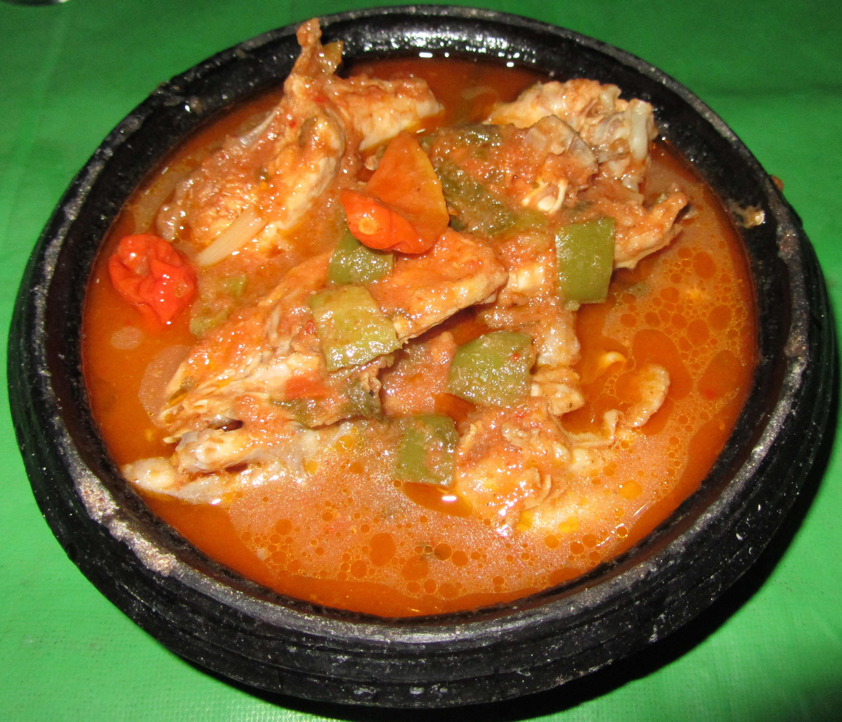 File kedjenou jpg wikimedia commons for Cuisine africaine