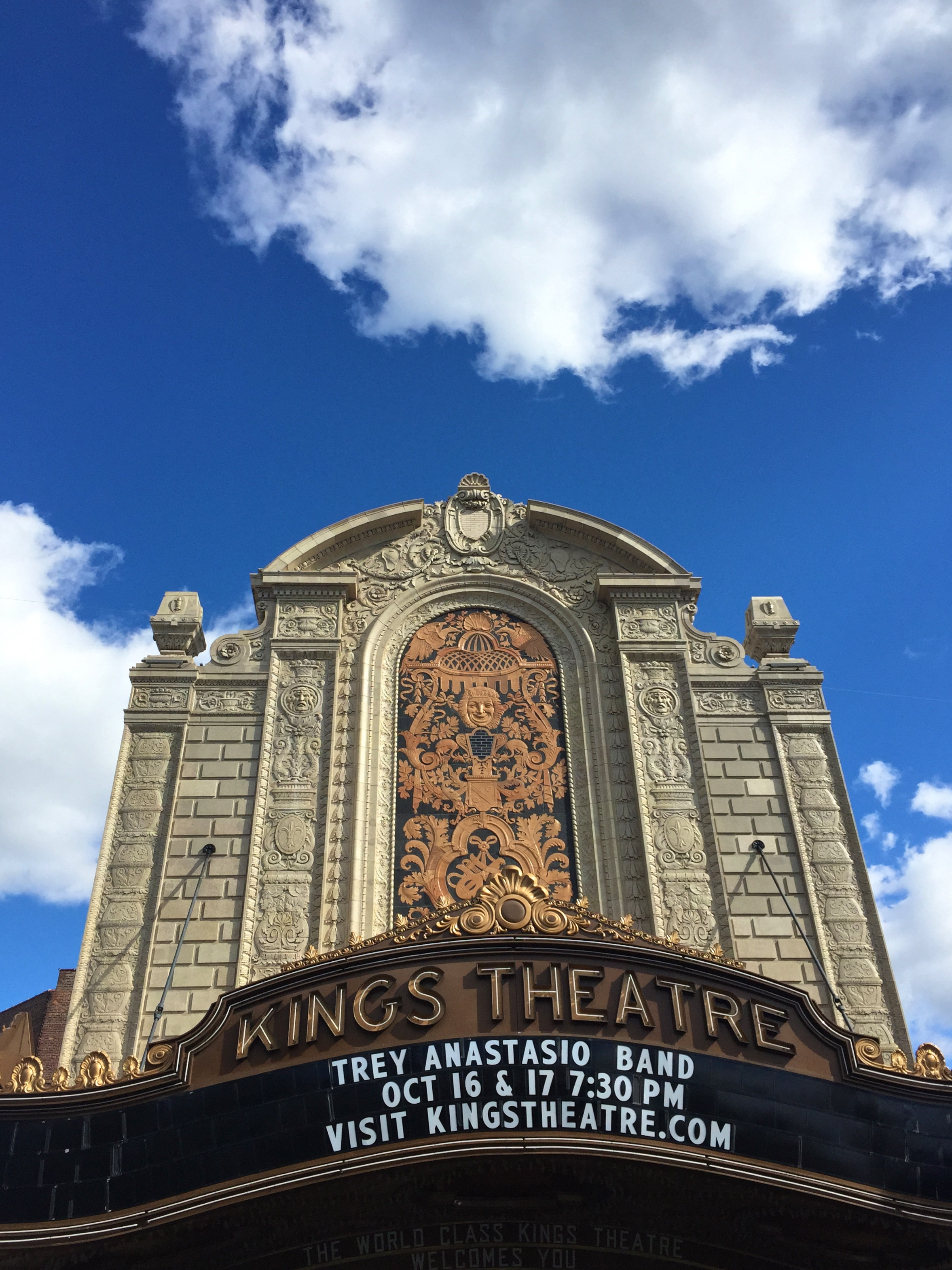 File:Kings Theatre Exterior 01