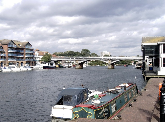 Kingston Railway Bridge - geograph.org.uk - 995996