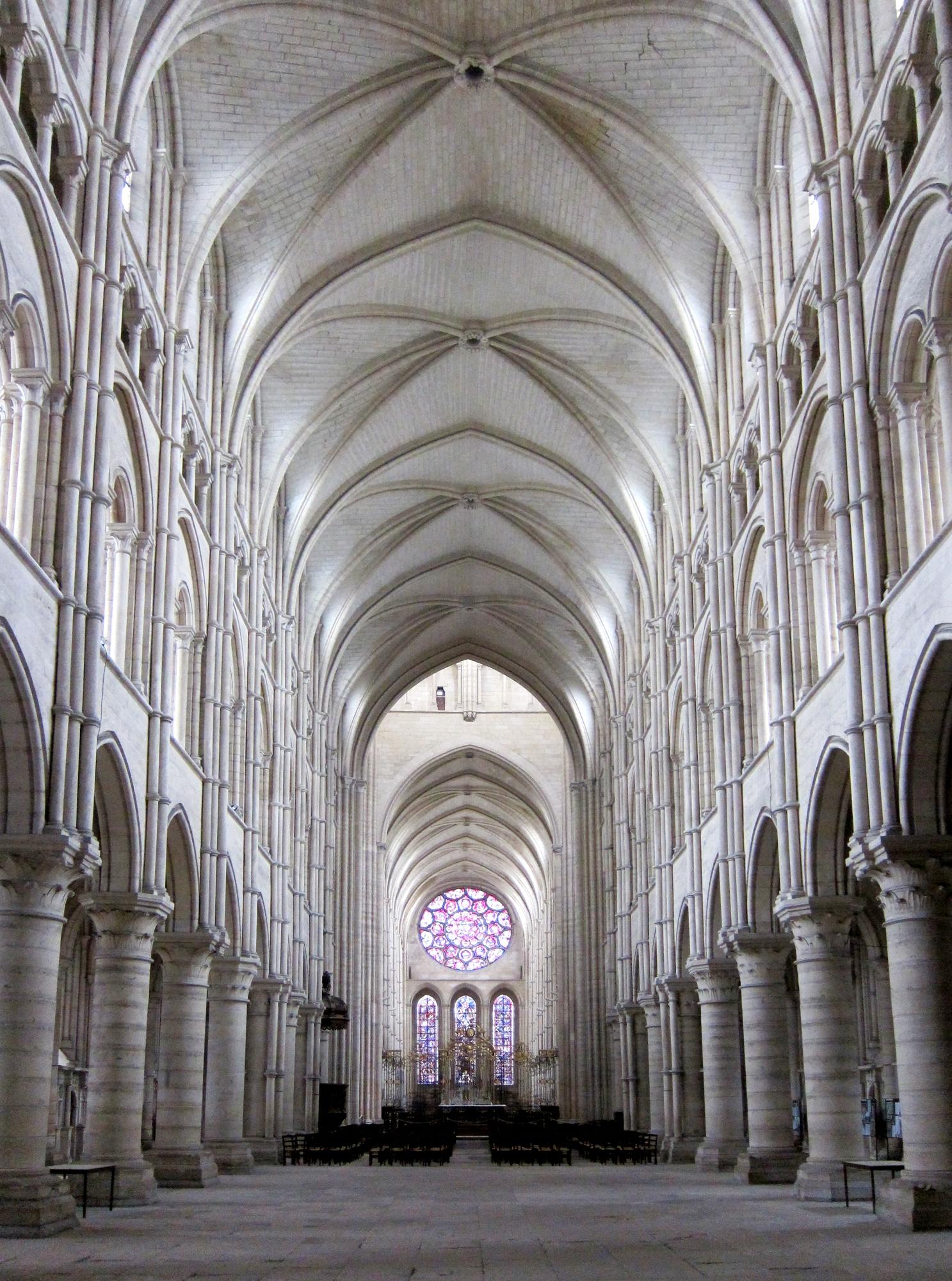WatFile.com Download Free File:Laon cathedrale nef JPG - Wikimedia Commons