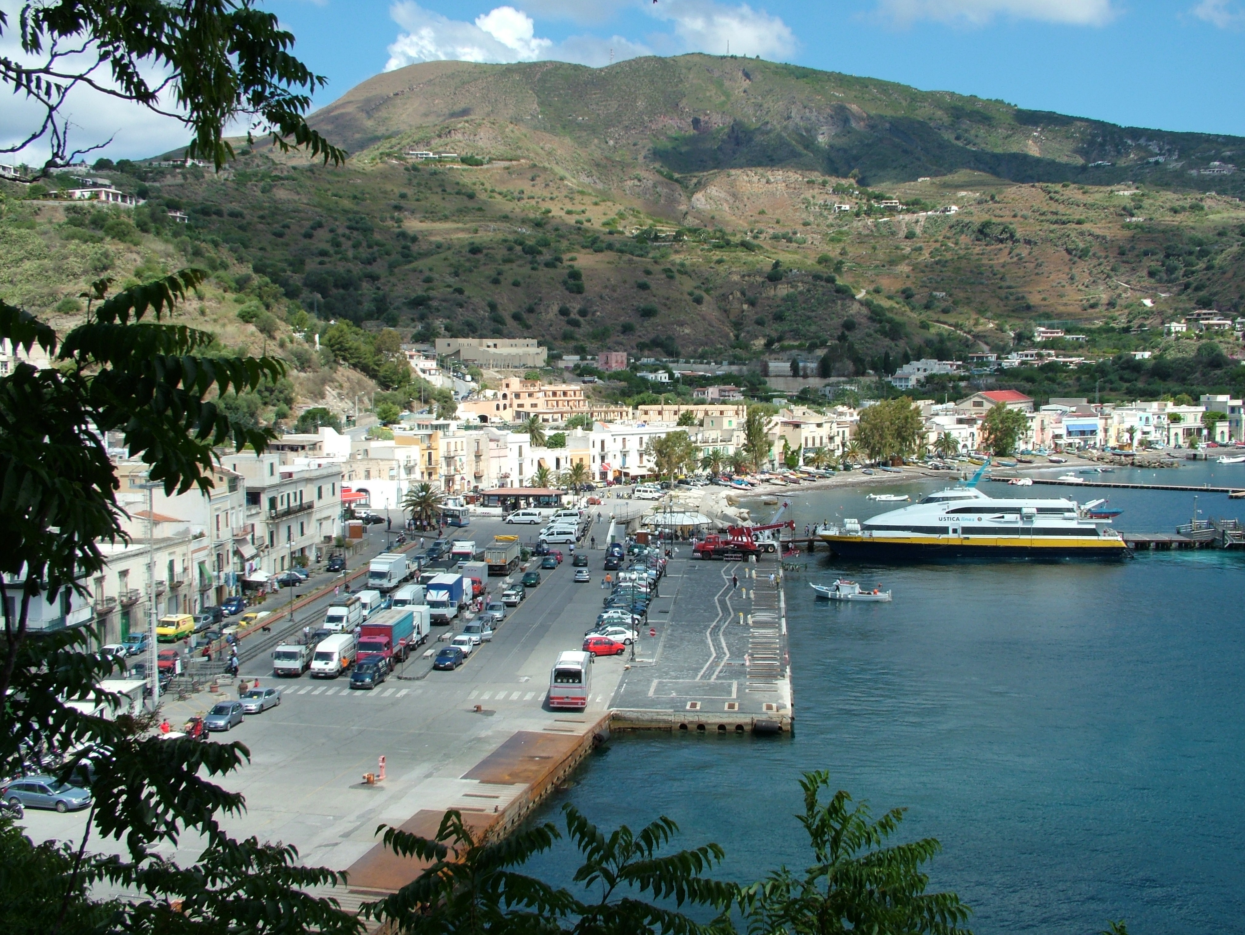 Veduta del porto dall'alto