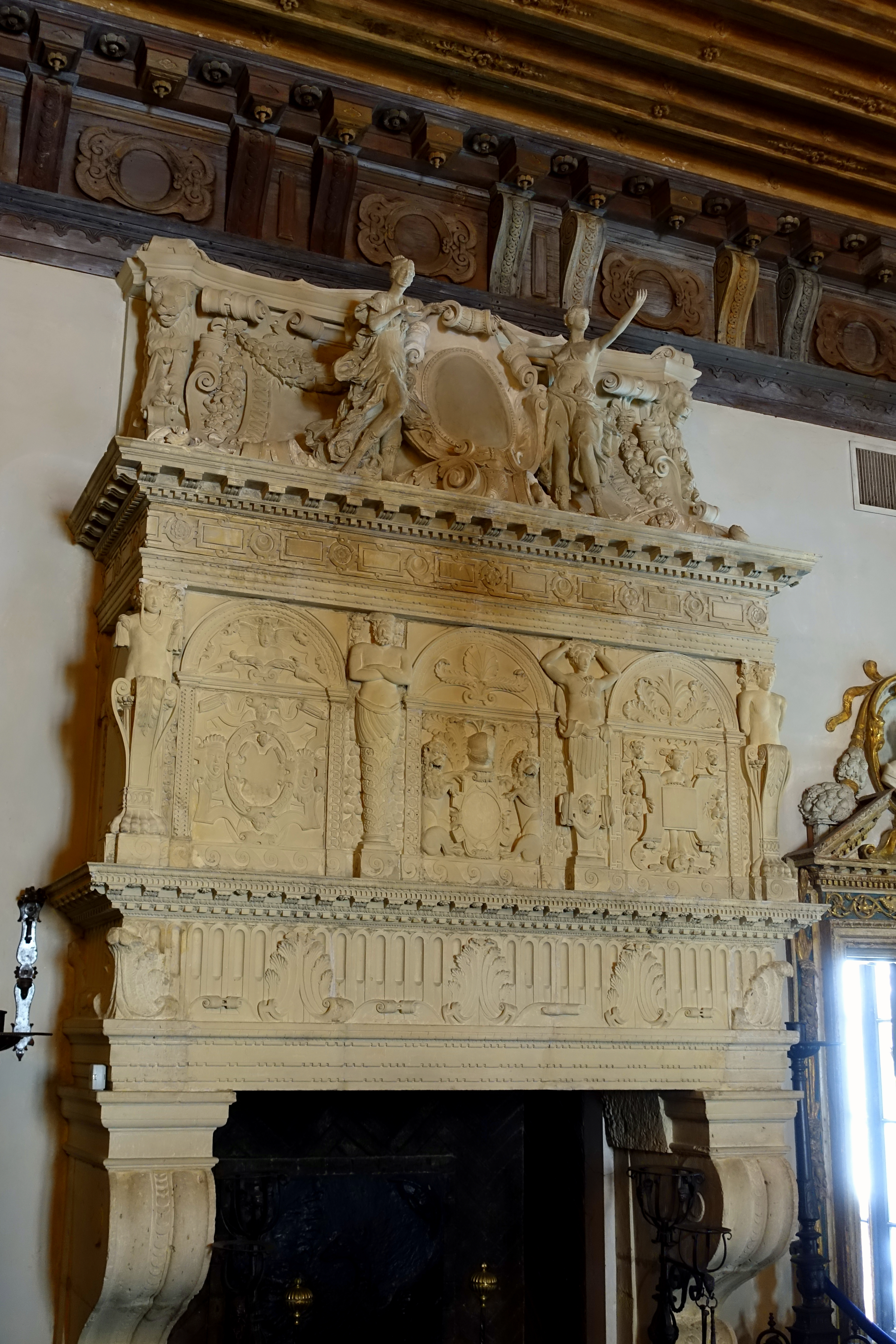 File:Living Room fireplace - Vizcaya Museum and Gardens - Miami ...