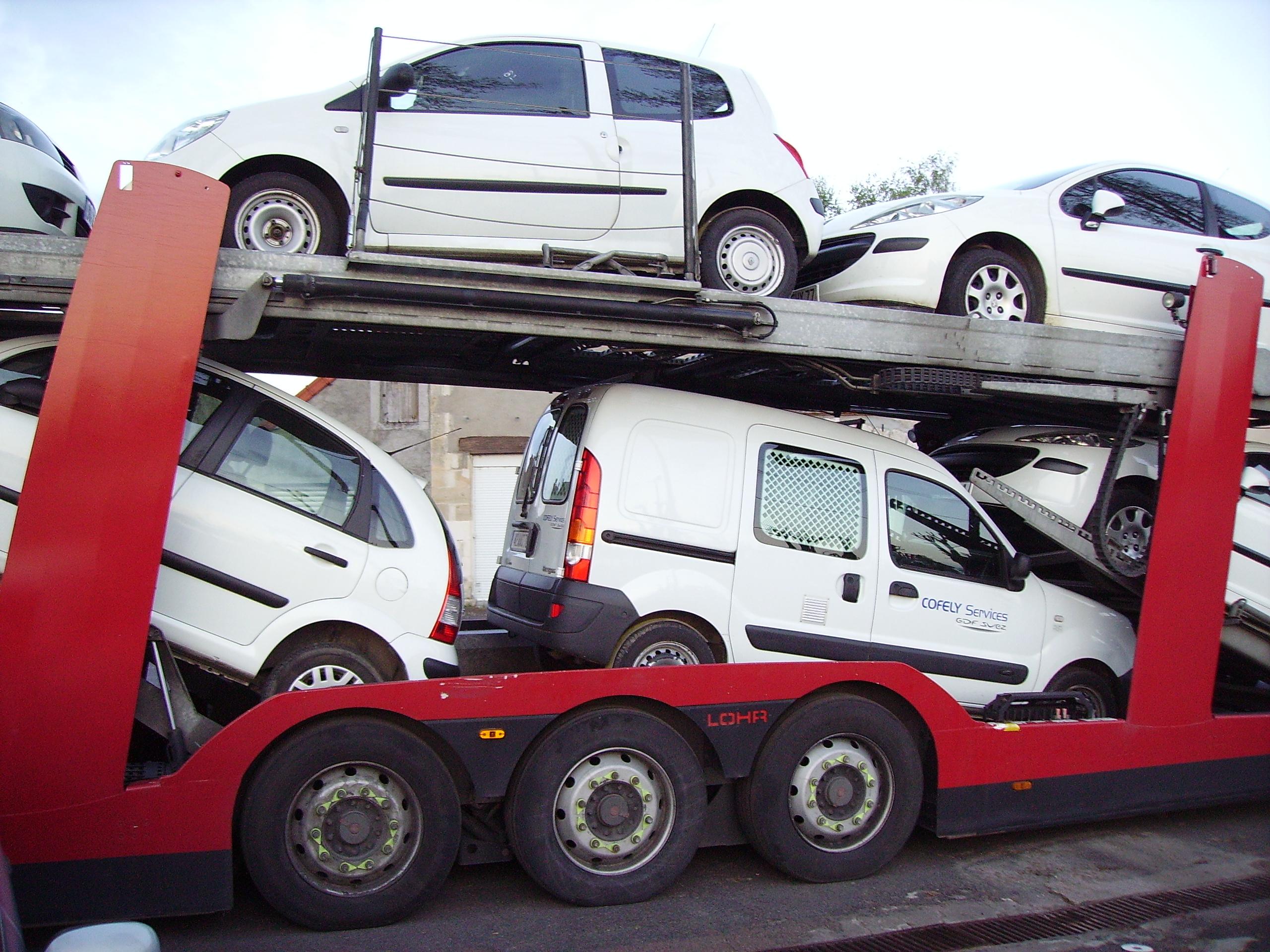 Transporter  Car Chase Scene