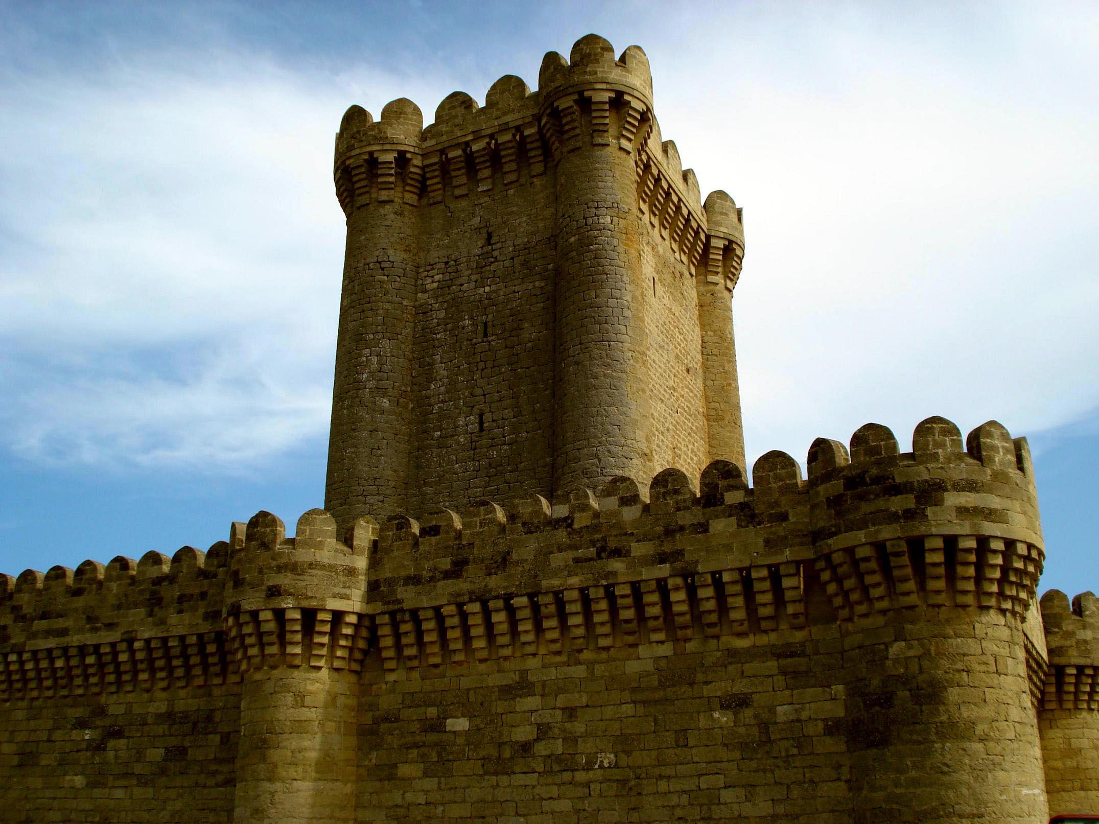 Quadrangular castle (Mardakan)