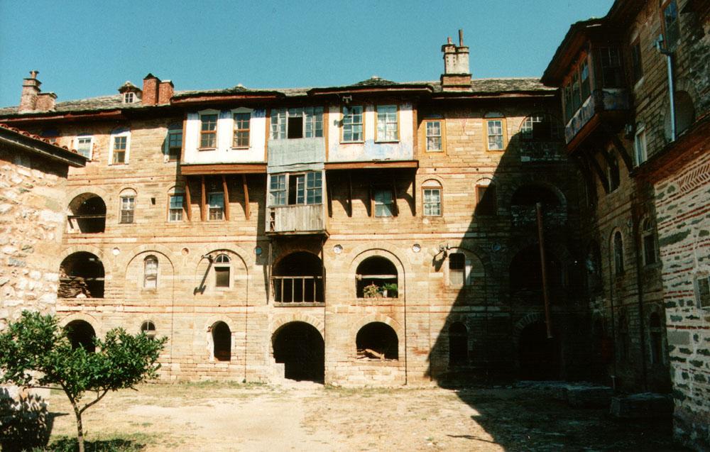 Megisti Lavra 1998 1 Maetes II.jpg