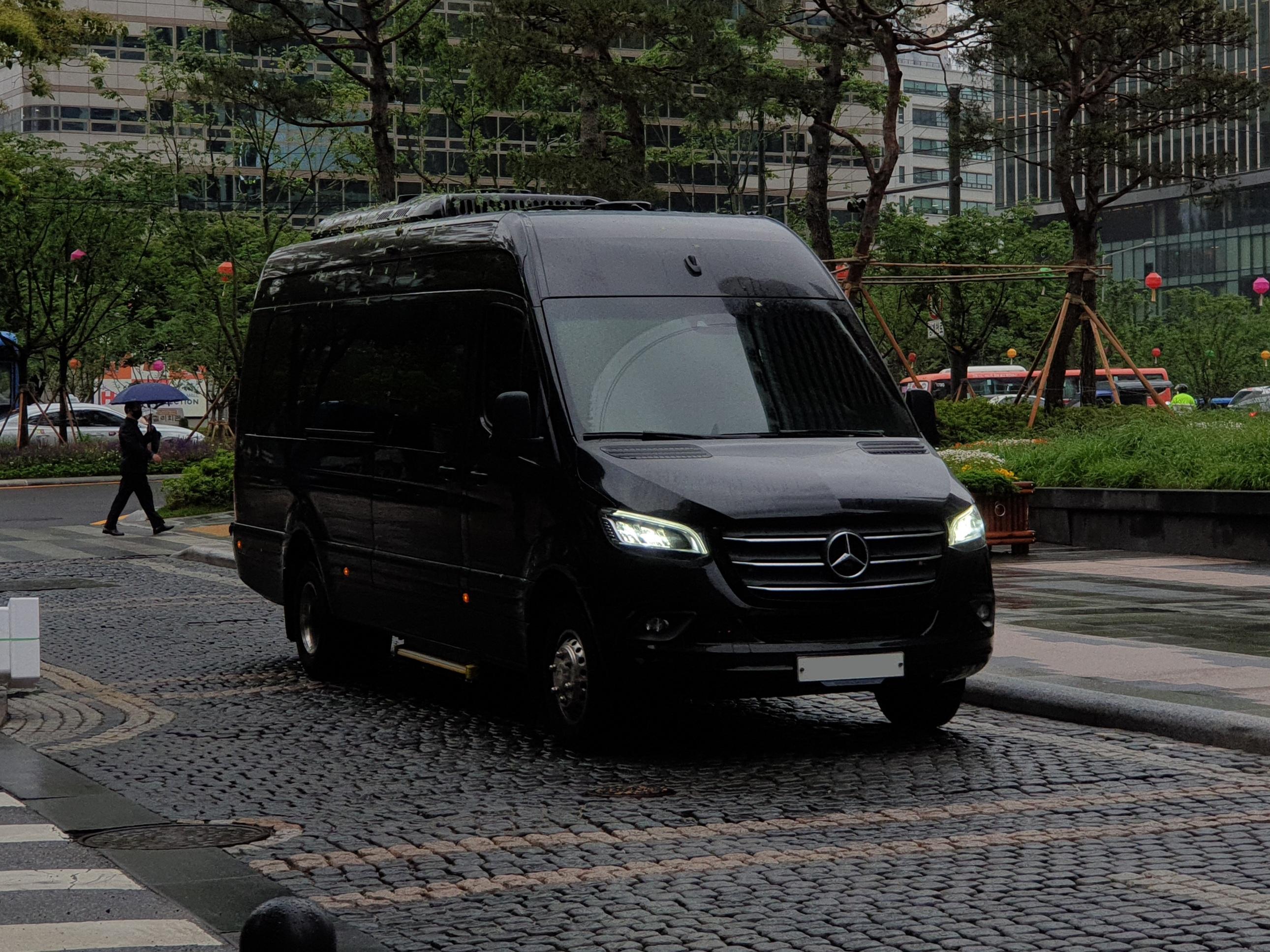 private car transfer hue hoi an