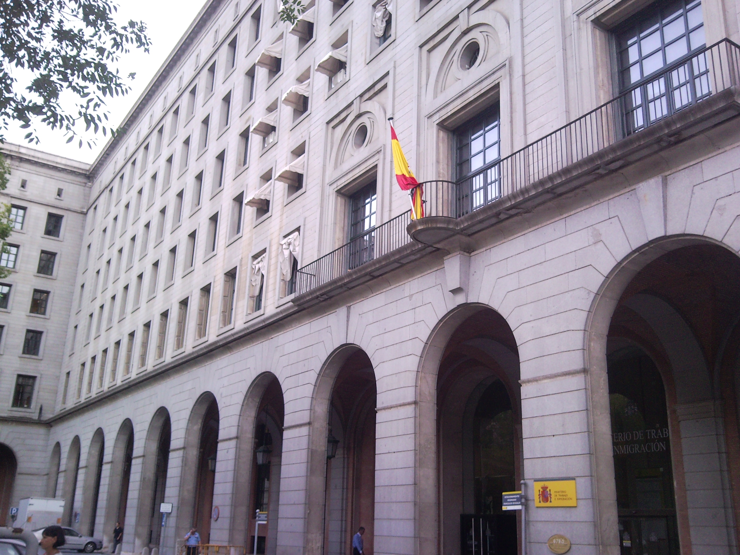 File ministerio de trabajo e inmigracion spain jpg for Ministerio de trabajo
