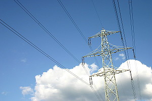 Overhead power line-electricity pylon - without polarization filter.JPG