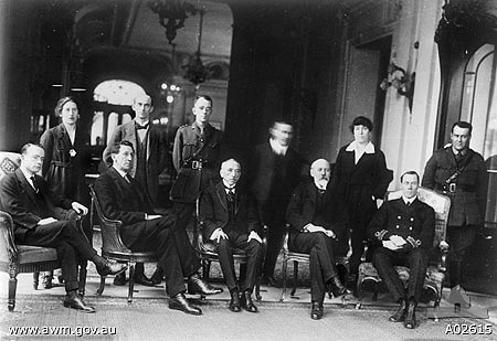 The Australian delegation. At the center is Australian Prime Minister Billy Hughes. Paris 1919 Australian delegation.jpg