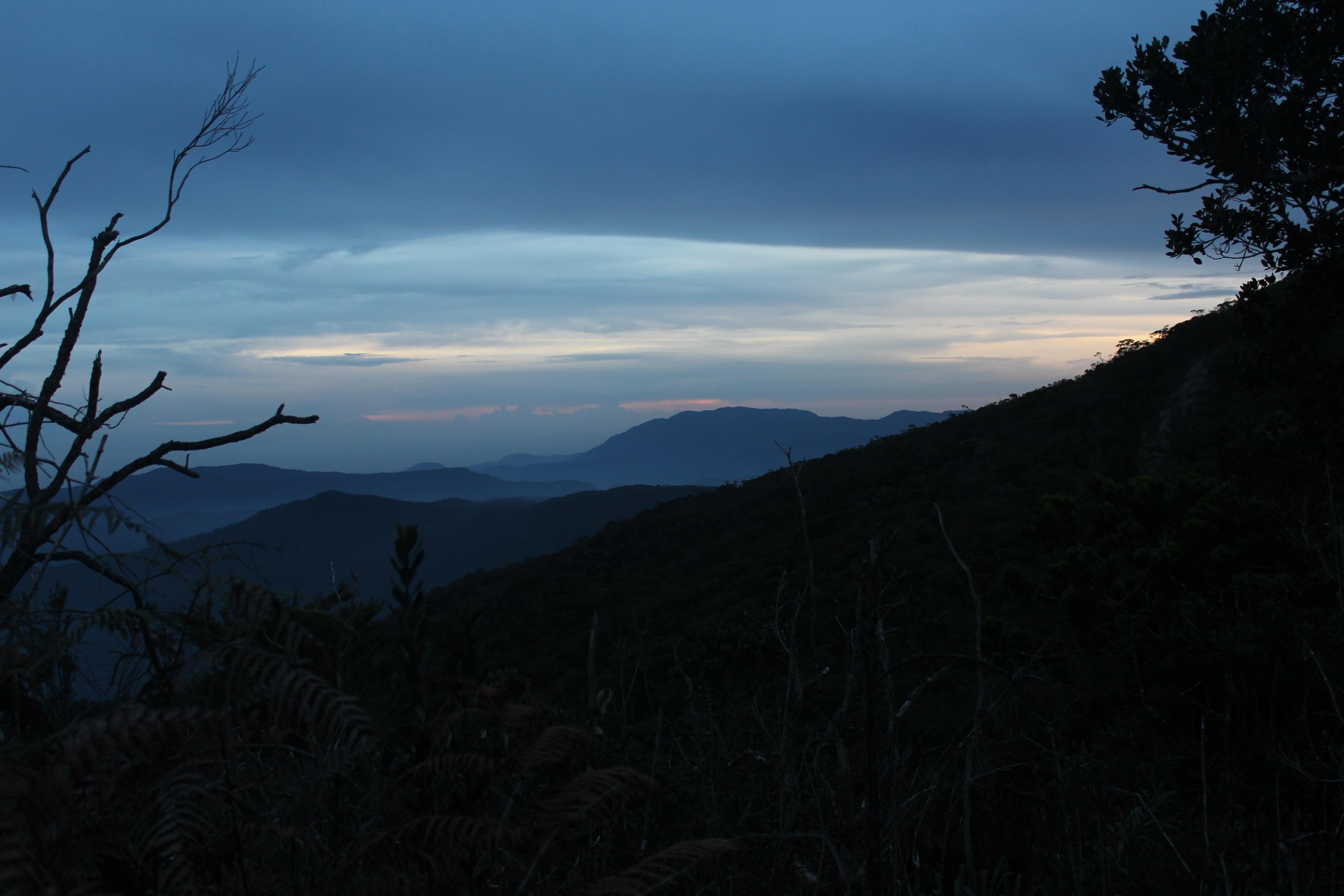 File Pegunungan Mugajah Menjelang Malam Pegunungan Mugajah Aceh