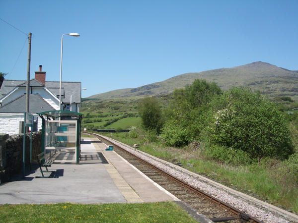 Pont Rufeinig -Roman Bridge Station - geograph.org.uk - 1334663